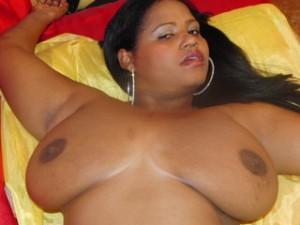 Victorina - black camgirl